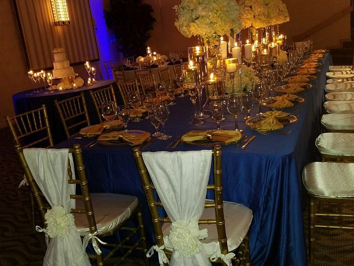 Candles & Floral Design